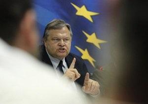 Министр финансов Греции призвал не делать из страны козла отпущения