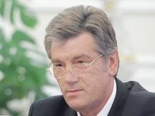 Ющенко запретил маневры авиации в небе над Киевом 24 августа