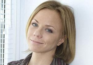 Экс-солистка группы Лицей Елена Перова лишена водительских прав на 1,5 года