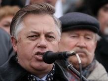 Симоненко потребовал от Ющенко не вооружать своего кума