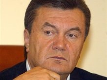 Янукович обвинил оранжевых в антироссийской риторике