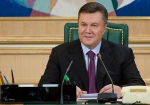 Выборы должны пройти без критики со стороны международных наблюдателей - Янукович