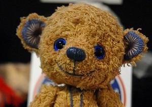 В России автомобильных воров нашли по украденному плюшевому медвежонку