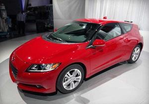 Компания Honda объявила, что японцы массово покупают новый гибрид CR-Z