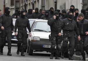 В Тулузе преступник ранен полицией и задержан, заложники освобождены