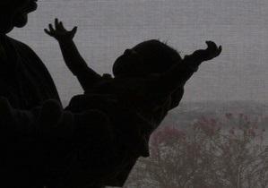 В Николаевской области на свалке нашли труп младенца