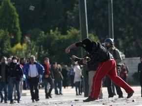 Греческие анархисты устроили погром в центре Афин