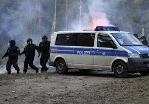 В Берлине антифашисты вступили в потасовку с полицией
