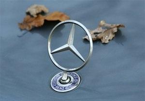 МВД проверяет информацию о незаконных поставках дорогих авто для украинских политиков