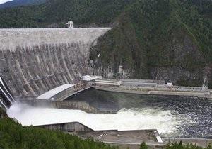 Во время ремонта Саяно-Шушенской ГЭС разворовали более 20 миллионов рублей