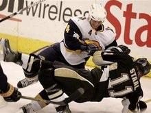 NHL: Пингвины без Кросби растерзали Баффало
