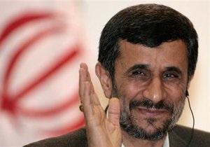 Ахмадинеджад вступился за участников беспорядков в Британии