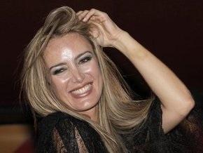 Скандальная экс-модель Д Аддарио заявила, что Берлускони предлагал ей место в Европарламенте
