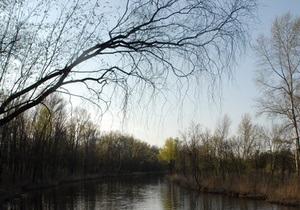 СБУ и МВД ищут чиновника, при содействии которого незаконно выделили 220 га земли под Киевом