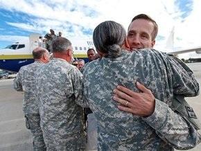 Сын вице-президента США год отслужил в Ираке
