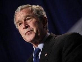Буш пригласит на ланч в Белом доме Обаму и трех экс-президентов США