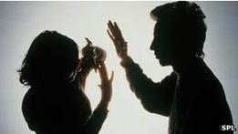 Опрос: 20% женщин в США подвергались изнасилованию
