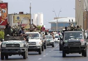 Бойцы ливийской оппозиции готовятся к штурму последних оплотов сил Каддафи