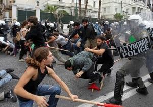 В Греции анархисты захватили студию радиостанции