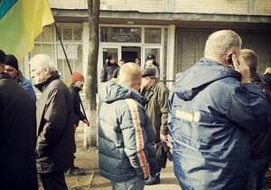Свобода: Люди Пилипишина заявляют, что ОИК №223 заминирована