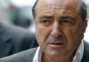 Березовский призвал украинский бизнес поддержать Ющенко на выборах