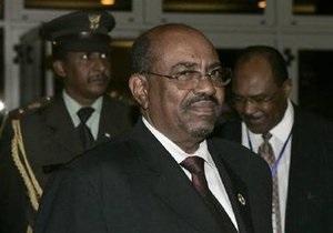 Президента Судана обвинили в геноциде