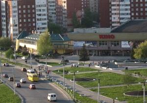Во Львове водитель ВАЗ переехал двух женщин и столкнулся с двумя авто