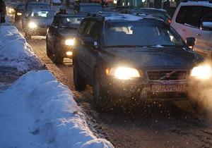 Мининфраструктуры предупреждает о затруднении движения транспорта в южных регионах Украины