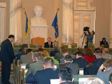 Депутаты Львовского облсовета отозвали голоса под призывом запретить ПР и КПУ