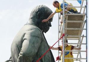 Сегодня в Украине отмечают день рождения Тараса Шевченко