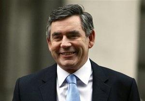 Браун заявил о готовности оставаться на посту премьера Великобритании до конца срока