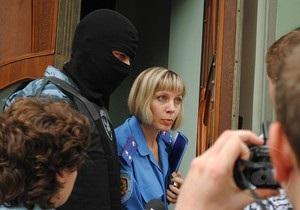 В МВД объяснили, что ищут в офисе харьковской Батьківщини. Аваков намерен подать в суд