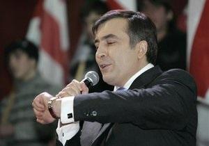 Минобороны Грузии: Саакашвили катался как турист на отобранном авиалайнере