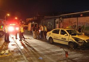 В центре Тель-Авива палестинец ранил ножом восемь человек