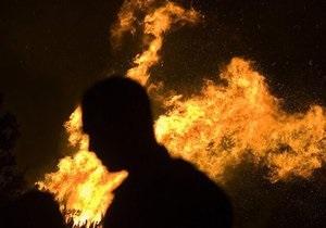 новости Харькова - поджог - самогон - В Харькове мужчина поджег свою девушку, облив ее самогоном