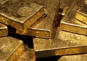 Нацбанк в 2012 году купил у населения больше 2 тонн золота