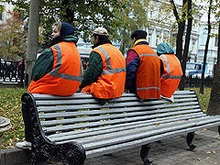 Заключенные наводят порядок на улицах Донецка