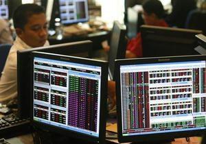 Американские биржевые индексы несколько снизились