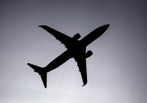 Британке грозит десять лет тюрьмы за сексуальные домогательства к бортпроводнику