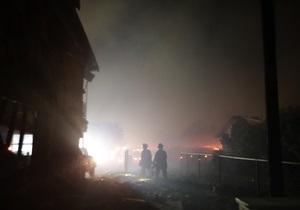 В США на химическом заводе прогремел взрыв, спасатели эвакуируют людей
