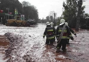 Власти Венгрии надеются, что разлившиеся токсичные отходы не попадут в Дунай