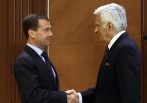 Евросоюз решил не вмешиваться в газовый спор России и Беларуси