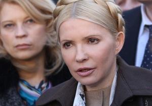 Тимошенко полетела в Брюссель чартером, чтобы не рисковать жизнью других пассажиров
