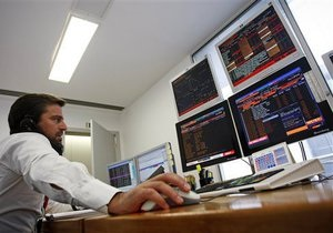 Украинский рынок сохраняет движение в узком боковом торговом канале