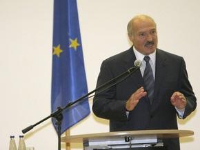 Лукашенко заявил, что Минск не будет выбирать между Европой и Россией