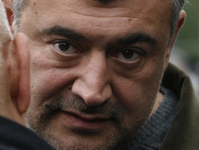 В Тбилиси произошли столкновения оппозиции с полицейскими, ранен Леван Гачечиладзе