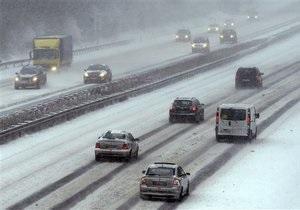 Сильные снегопады парализовали Британию