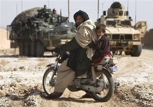В Афганистане в результате авиаудара НАТО погибли около 20 мирных жителей