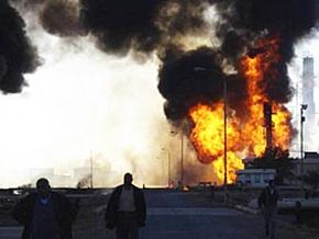 Взрывы на двух фабриках в Индии унесли жизни восьми человек