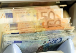 Страны ЕС близки к принятию жестких мер по урезанию бонусов банковским топ-менеджерам